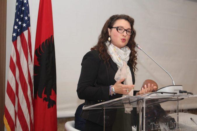 Ambasada amerikane  Do iu mbështesim në parandalimin e ekstremizmit