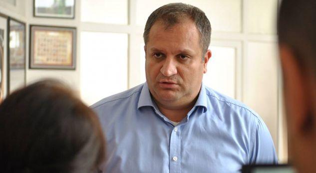 Mbyllet drama e Shpend Ahmetit në Itali  niset për në shtëpi