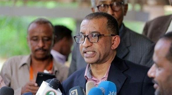 رئيس حزب المؤتمر السوداني عمر الدقير (أرشيف)
