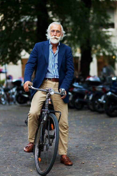 http://www.thesartorialist.com/photos/on-the-street-one-more-time-milano/