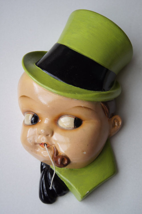 Vintage Leprechaun String Holder