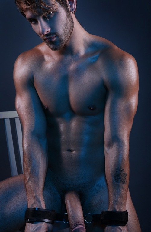 Quinn Jaxon super dotado pelado