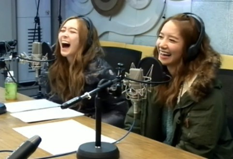 The Cat does her own take on Yoong's Alligator laugh.