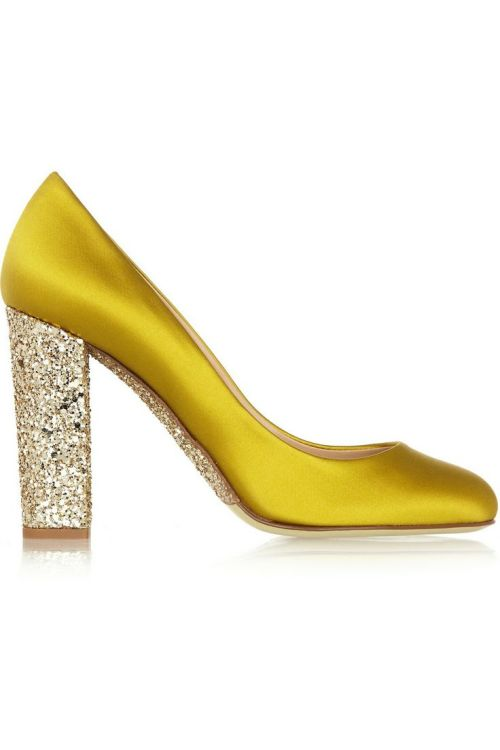 dustjacketattic:</p> <p>glitter-embellished satin pumps<br />