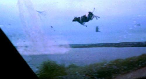 Por qué cuando hablan de la película Twister lo único que todos recuerdan es la vaca volando