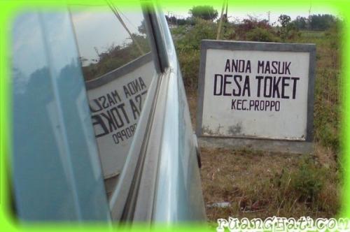 Desa Toket via @uganteng - ruanghati.com