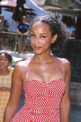 remember Angela..from Boy Meets World?<br /><br /><br /><br /><br /><br /><br /><br /><br /><br /> DAMN!
