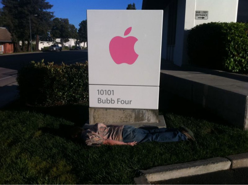 Now this takes balls. Planking out front of the building where Genii are trained in Cupertino. Well played, sir.
