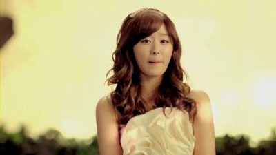 Secret starlight Moonloght Mv screencaps (Ji Eun)