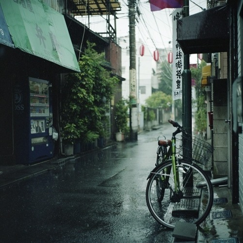 bicycle in rainy weather