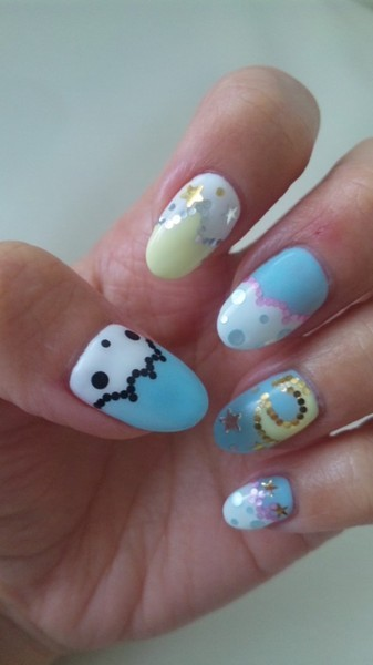Aren't Beautylish Beauty Lucy L.'s Sanrio/Little Twin Stars nails super adorable?