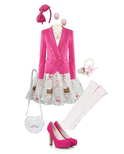 A casual outfit with a touch of sweet lolita!