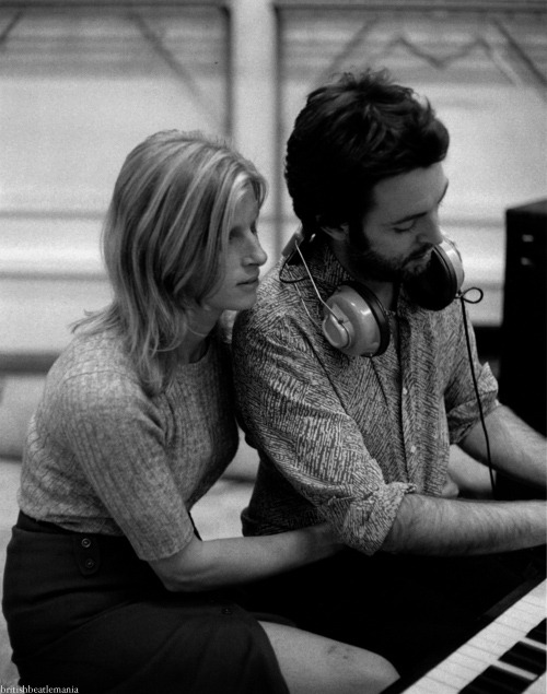 "We Believe that We can't be wrong!"" Paul & Linda McCartney – ""The Back Seat  of My Car"" 
