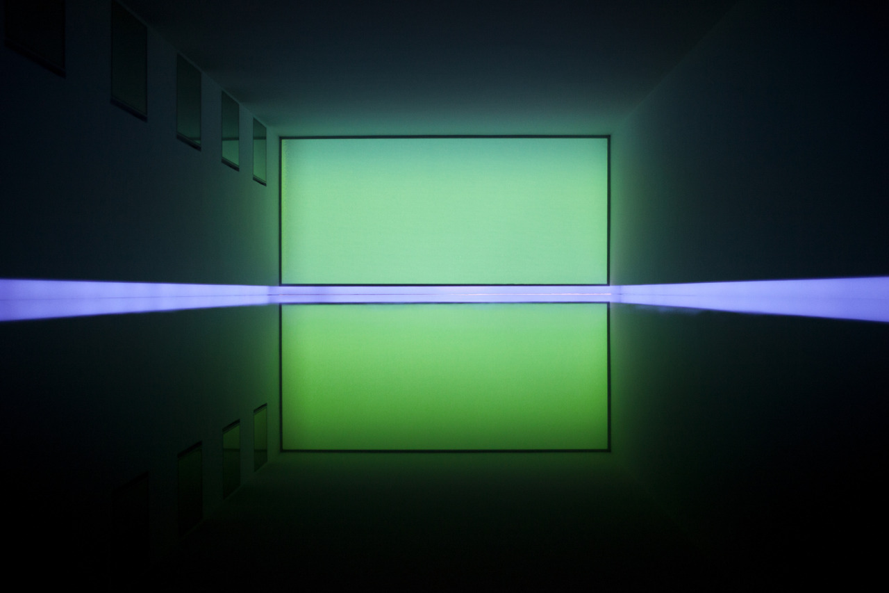 James Turrell Light Artist Bizarre Beyond Belief Magazine