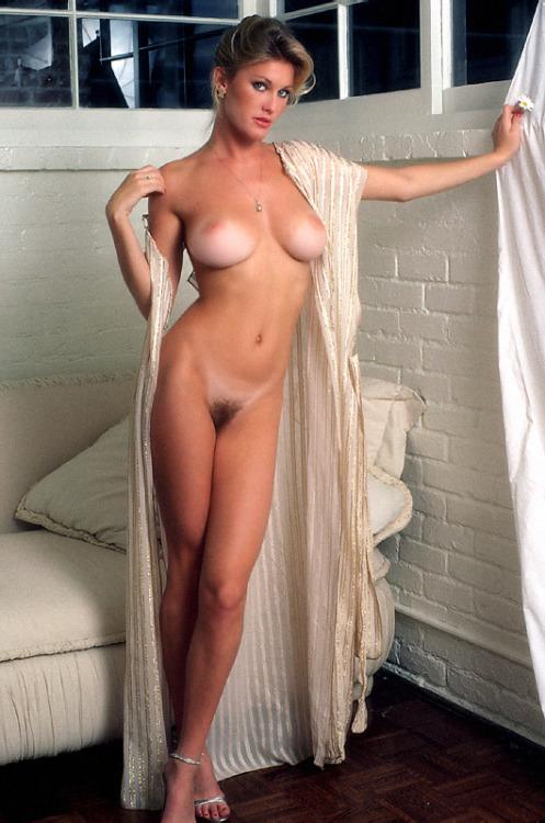 Victoria Cooke (1980)