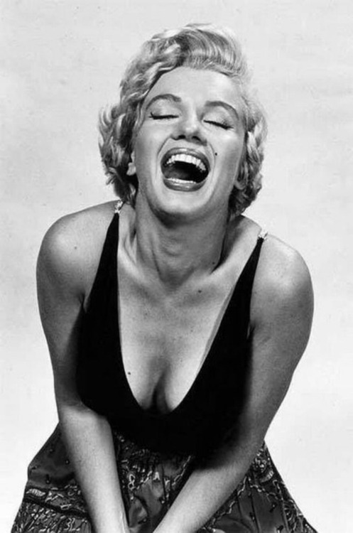 ourmarilynmonroe:Marilyn Monroe photographed by Philippe Halsman, 1952