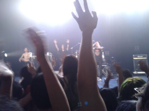 ONE OK ROCK GOODBYE STAGE