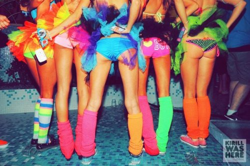 top 10 rave outfit must haves as told by ultra music