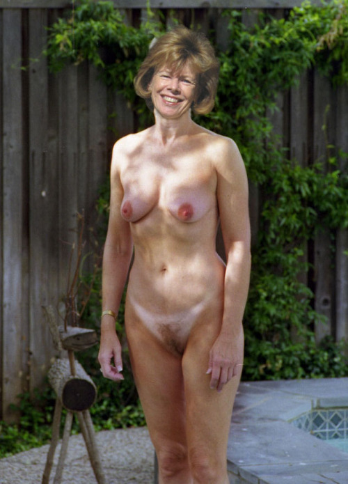 Huge tit mature anal