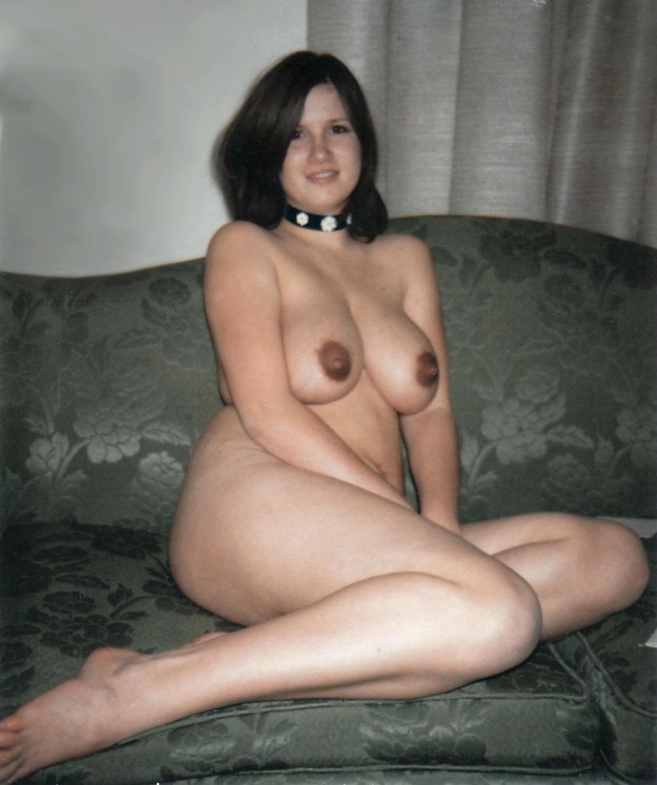 average mature wife dressed undressed
