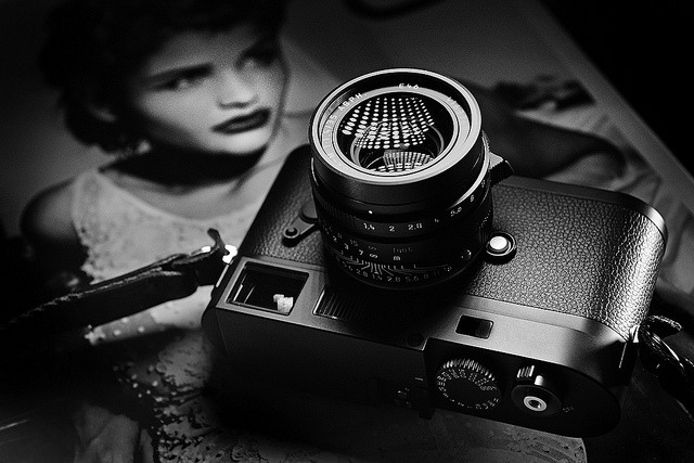 istevenxue:</p> <p>Monochrom by Kristian Dowling on Flickr.<br /> Via Flickr: Leica M Monochrom<br />