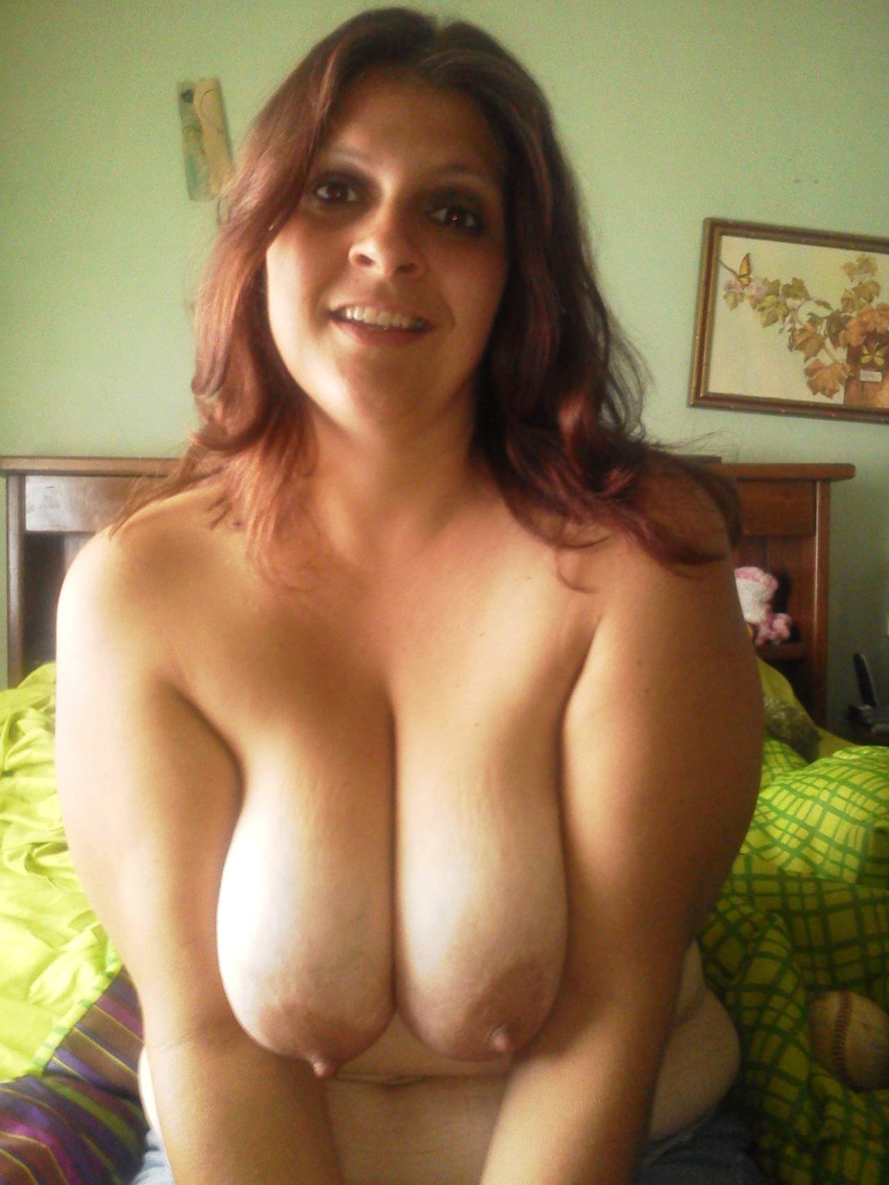 Big tit milf fucks young girl