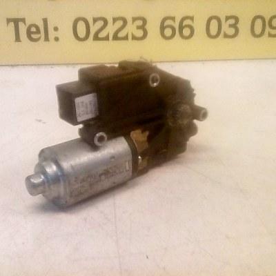 3M51 R518A30CH34X1 Schuifdakmotor Ford C Max 2005 Webasto