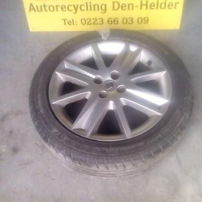 8200 028 037 Nerva Sport 6.5Jx17 4 CH49 205/50 R17 Renault