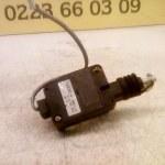 D201 62 350 8F10 Centrale Vergrendeling Motor Mazda Demio