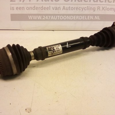 8E0 407 271 AG Aandrijfas Links/Rechts Audi A4 B6 2.0 ALT Automaat 2001/2005