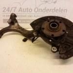 Fusee / Wielnaaf Links Voor Audi A4 B6 2.0 20V ALT Automaat 2001-2004