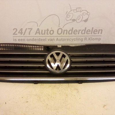 3B0 053 562 Voorgrill Volkswagen Passat 3B5 2000-2005