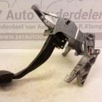 8E1 721 117 A Rempedaal Audi A4 B6 Avant Automaat 2001-2005