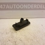 8200076256F Schakelaar Achterklep Slot Renault Twingo 2 2011