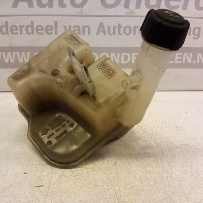 8200 003 864 C Expantie Tankje Renault Laguna 2 1.8 16 V