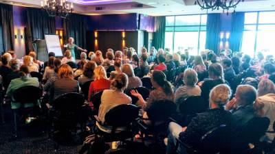 congres organiseren, bijeenkomst organiseren, eventbureau Utrecht, eventmakelaar, hoe organiseer je een congres, beroepsvereniging, accreditatie