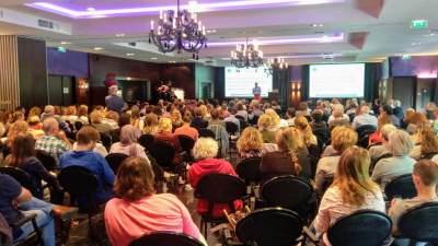 Algemene ledenvergadering voor cliëntenondersteuners in volle gang