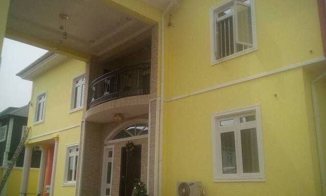 Tope Alabi Moves Into Newly Completed Mansion @TOPE_ALABI