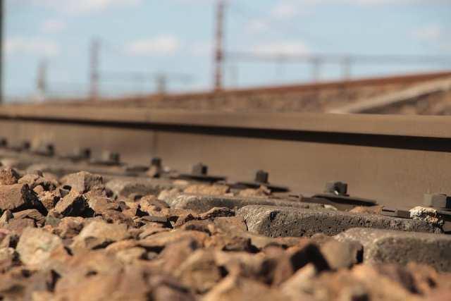 train-1415876_960_720