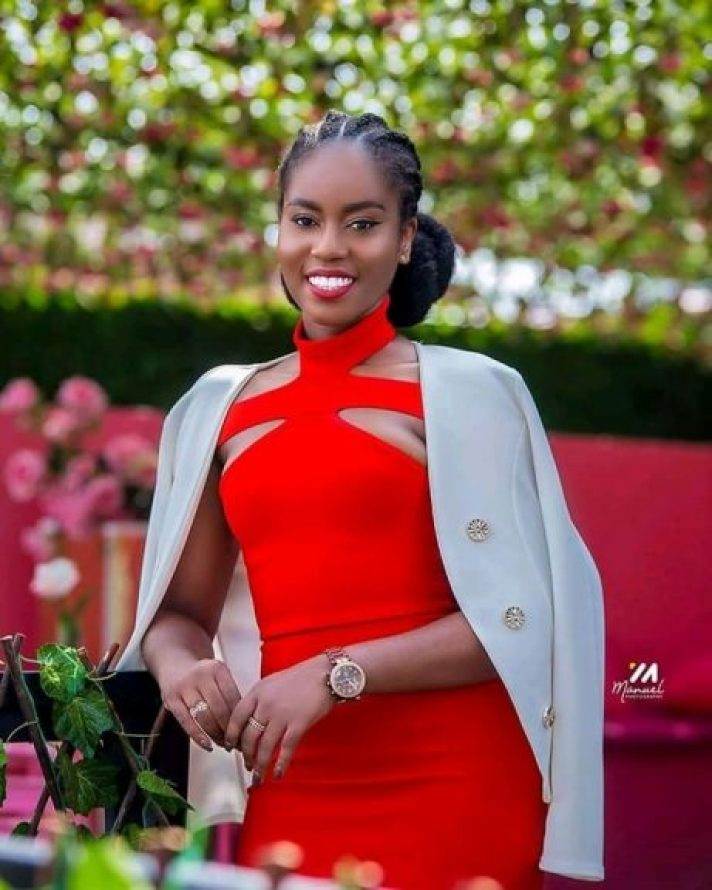 MzVee Sets The Internet Ablaze With Her Vals Day Photos