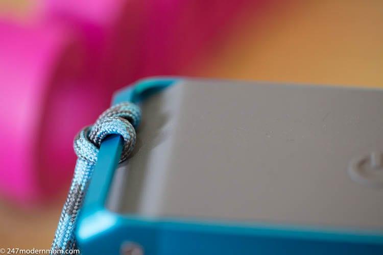 best-portable-speaker-rope-anchor