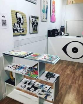 vinyl eye shop