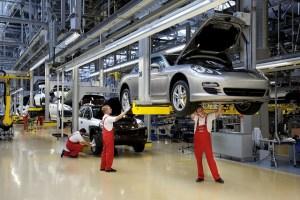 Porsche acorda un bonus de peste 9.000 de euro fiecarui salariat