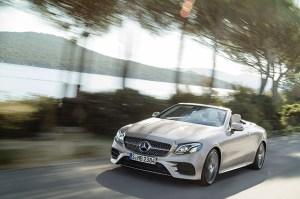 Mercedes lanseaza noul E Cabrio