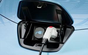 Benzinăriile vor trebui să se reinventeze, în perspectiva electromobilității