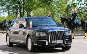 Noua limuzina a lui Putin, dezvaluita la ceremonia de investitura