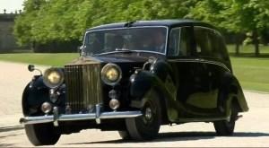 Un Rolls Phantom IV si un Jaguar electric, pentru nunta regala