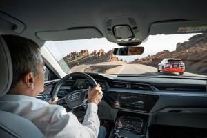 A mai ramas doar o luna pana la lansarea noului Audi e-tron electric!