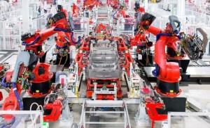 Productia de automobile electrice nu tine pasul cu cererea