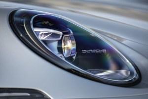 """Porsche dixit: """"911 nu va fi niciodată 100% electric""""!"""